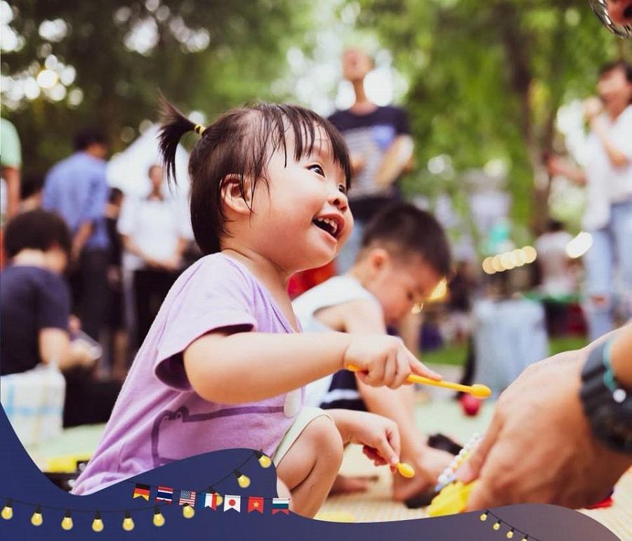Các bé thỏa sức vui chơi tại khu dành riêng cho trẻ em