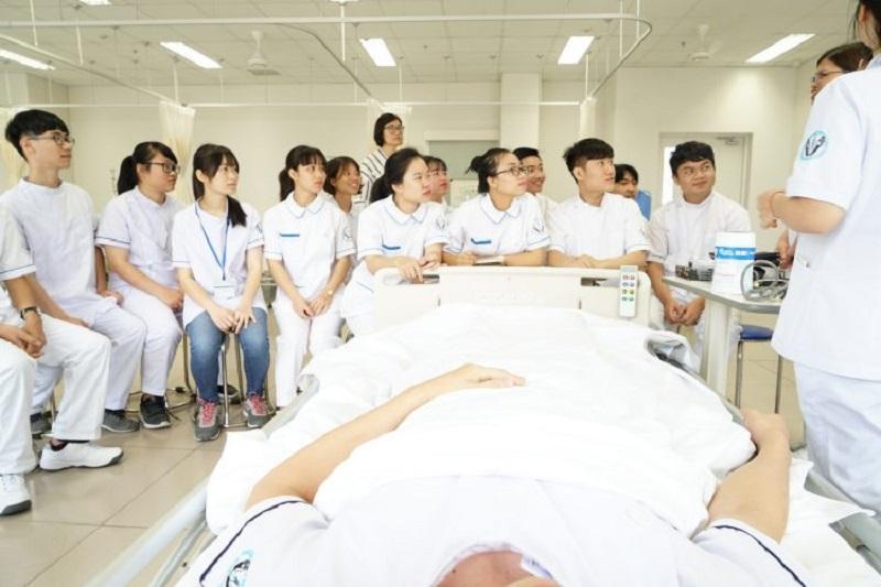 Đội ngũ y bác sĩ chuyên nghiệp và tận tình