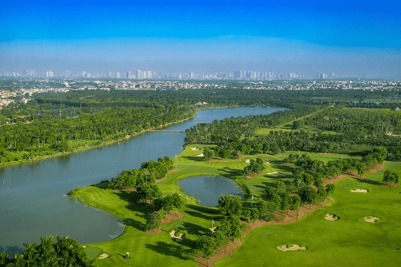 Homstay Ecopark view ra sân Golf